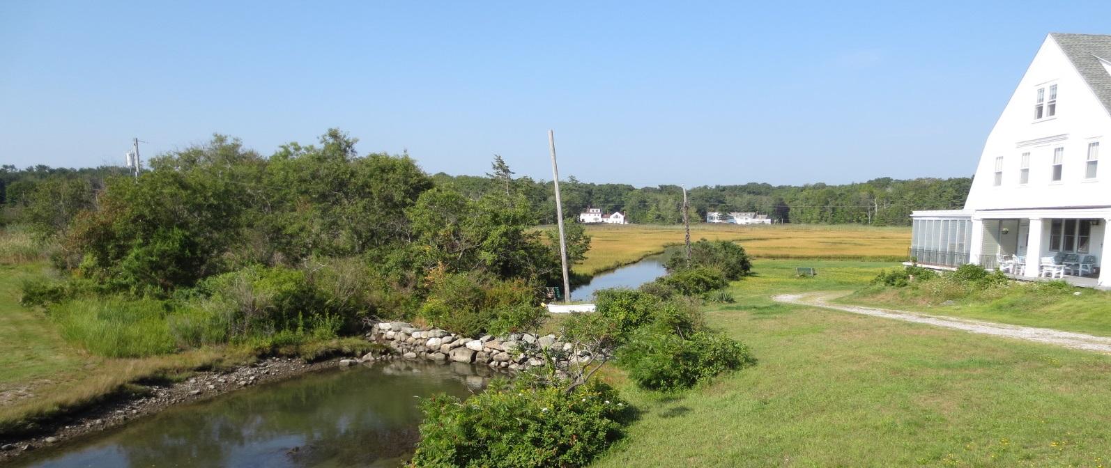 North Hampton Philbrick Pond marsh