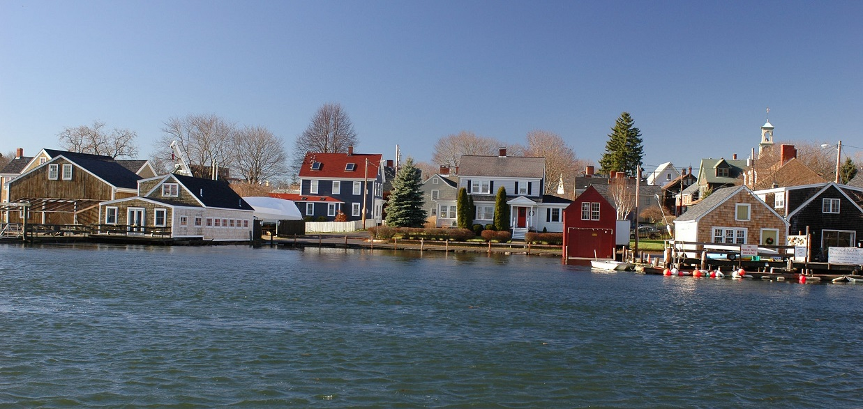 Houses and businesses in the South End of Portsmouth NH meet the high tide